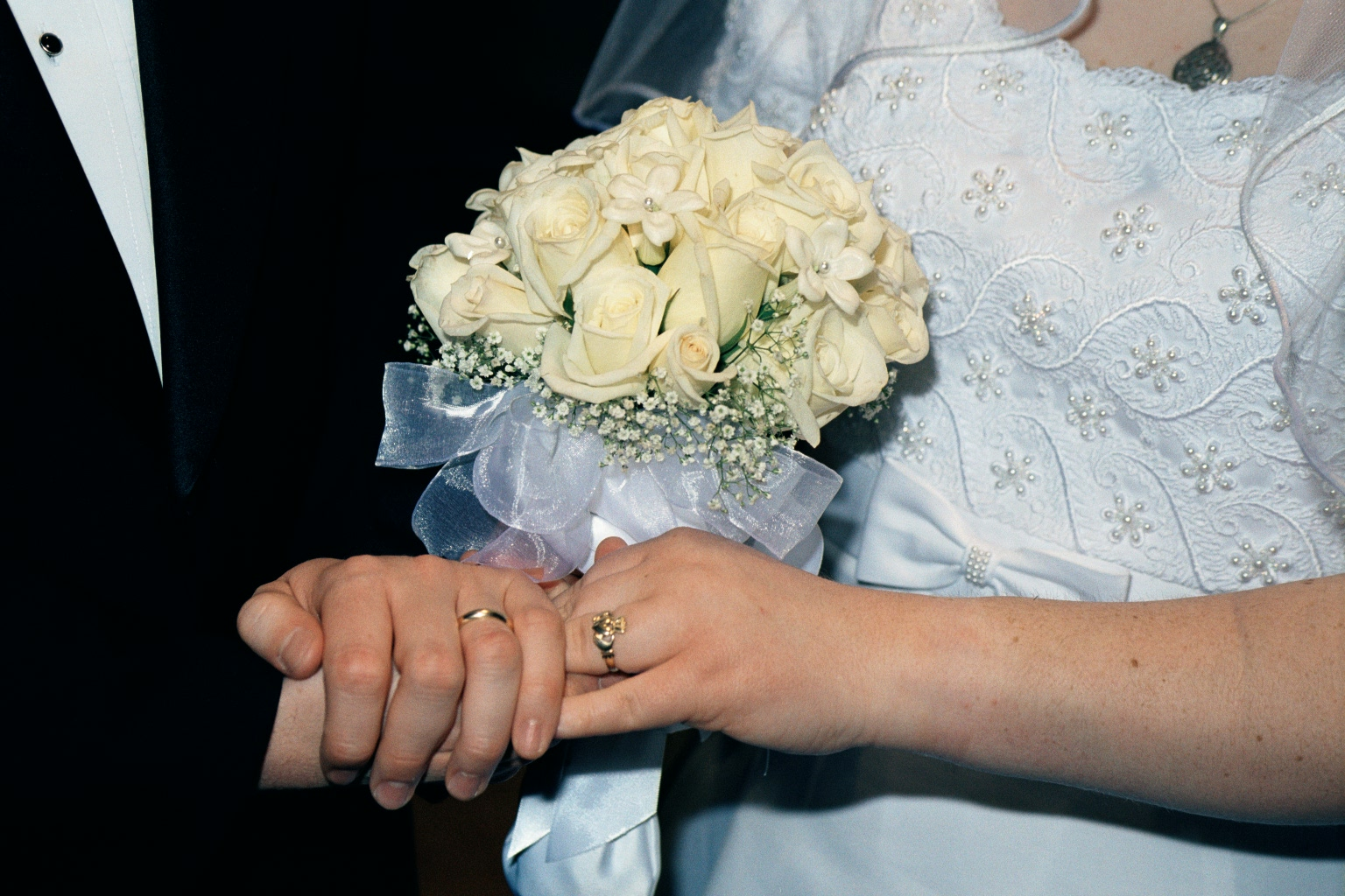 Bouquet and rings.